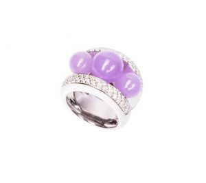 Bague Fidji en or blanc, jade mauve et diamants, Poiray.