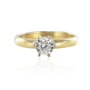 Bague solitaire or jaune et diamants - Occasion.