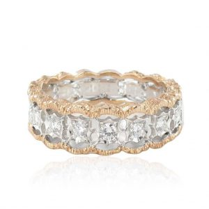 Bague diamants dentelle d'ors.