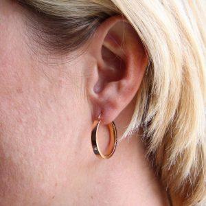 Boucles d'oreilles créoles or rose anciennes.