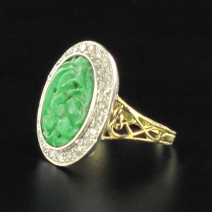 Bague jade et diamants.