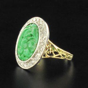 Bague jade et diamants.